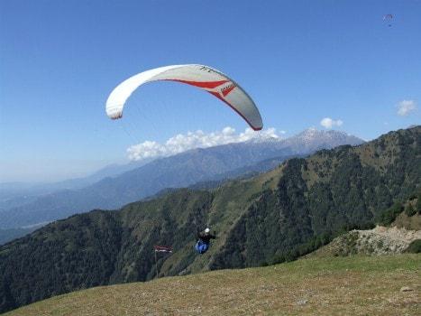 Paragliding at Bir-Billing