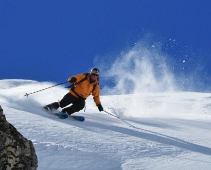 Skiing at Jobri Top (Kullu)